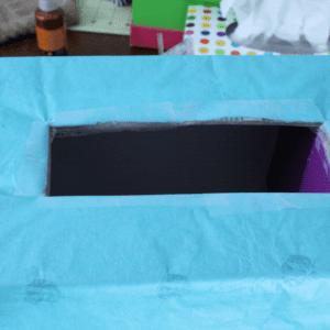 Karton Kutudan Kale Yapılışı 10