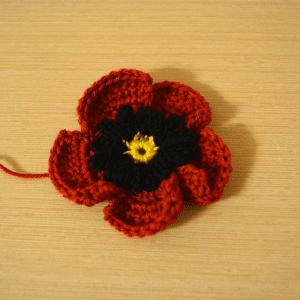 Örgü Çiçek Toka Yapılışı 3