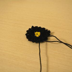 Örgü Çiçek Toka Yapılışı 7