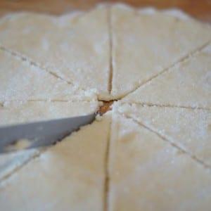 Süzme Peynirli Çerez Yapılışı 8