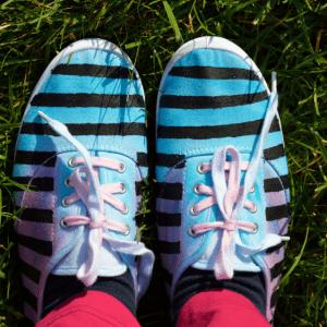 DIY Üç Ton Boyalı Ayakkabı Yapılış 3