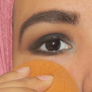 Dumanlı Göz Makyajı Nasıl Yapılır ? 10
