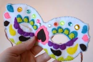 Keçe Maske Nasıl Yapılır ? 17