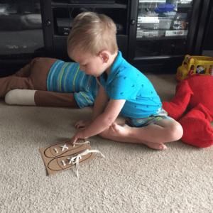 Okul Öncesi Etkinlik-Ayakkabı Nasıl Bağlanır 3