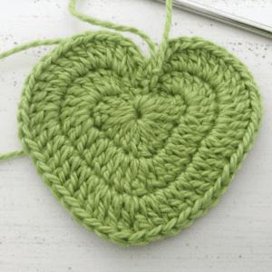 Örgü Kalp Anahtarlık Yapılışı 3