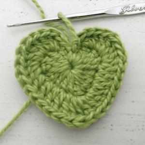 Örgü Kalp Anahtarlık Yapılışı 5
