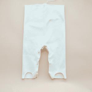 Sevimli Ayaklı Bebek Pantolonu Yapılışı 8