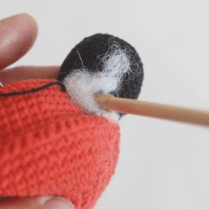Amigurumi Uğur Böceği Yapılışı 8