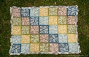 İki Renkli Keten Modeli Bebek Battaniyesi Yapılışı 17