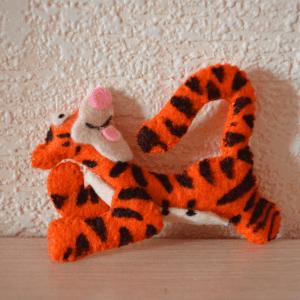 Keçe Winith Pooh Tigger Yapılışı 6