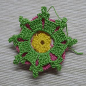 Örgü Çiçek Toka Yapılışı 20