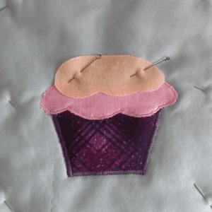 Cupcake Kumaş Tutacak Yapılışı 10