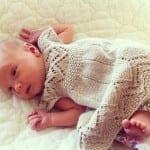 Kız Bebeklere Örgü Elbise Modelleri 100