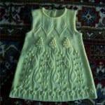 Kız Bebeklere Örgü Elbise Modelleri 11