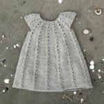Kız Bebeklere Örgü Elbise Modelleri 34