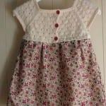 Kız Bebeklere Örgü Elbise Modelleri 62