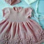 Kız Bebeklere Örgü Elbise Modelleri 81