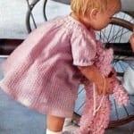 Kız Bebeklere Örgü Elbise Modelleri 87