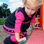 Kız Bebeklere Örgü Elbise Modelleri 92
