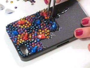 Kristal Taşlarla Telefon Kılıfı Yapılışı 9