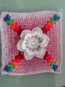 Çiçek Motif Bebek Battaniyesi Yapılışı