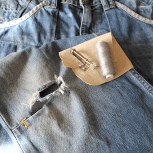 Dizleri Yırtılan Kot Pantolon Tamiri Nasıl Yapılır ?