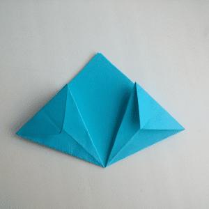 Kağıttan Origami Çiçek Yapılışı 15