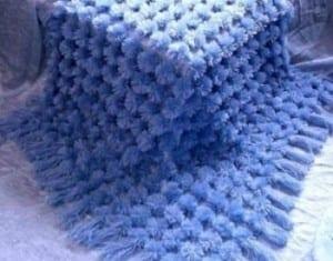 Kasnak İşi Ponpon Bebek Battaniyesi Yapılışı 3