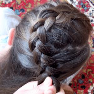 Örgü Topuz Saç Modeli Yapılışı