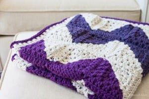 Videolu İki Renkli Bebek Battaniyesi Yapılışı 1