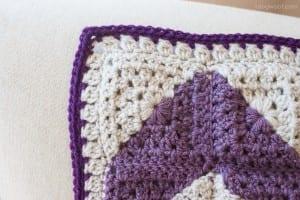 Videolu İki Renkli Bebek Battaniyesi Yapılışı 2
