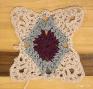 Vintage Kare Örgü Bebek Battaniyesi Yapılışı 9