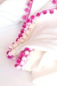Battaniye Kenarına Ponpon Nasıl Yapılır ? 1