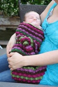 Videolu Çizgili Bebek Battaniyesi Yapılışı 6