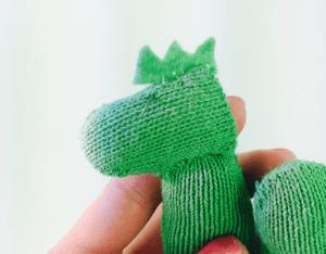 DIY, Eldivenden Dinozor Yapılışı 17