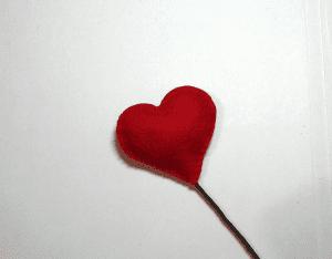 Keçe Kalp Demeti Yapılışı 14