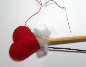 Keçe Kalp Demeti Yapılışı 16