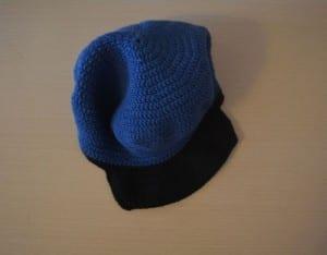Örgü Polis Şapkası Nasıl Yapılır ? 10