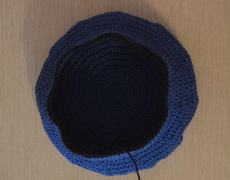 Örgü Polis Şapkası Nasıl Yapılır ? 13