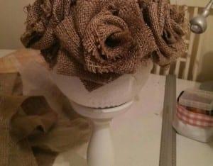 DIY, Çuval Bezinden Top Çiçek Yapılışı 16
