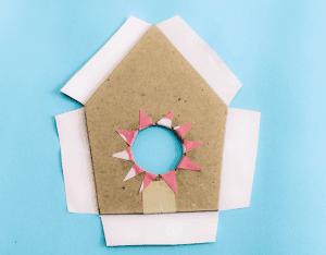 Karton Kutudan Kuş Evi Yapımı 1