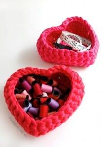 Penye İpten Kalp Sepet Yapılışı 7