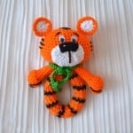 Amigurumi Tiger Çıngırak Yapılışı 8