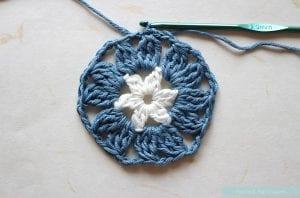 Anemon Çiçeği Bebek Battaniyesi Yapılışı 21