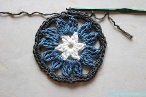 Anemon Çiçeği Bebek Battaniyesi Yapılışı