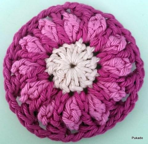 Kare Motifli Çiçekli Bebek Battaniyesi Modeli Yapılışı
