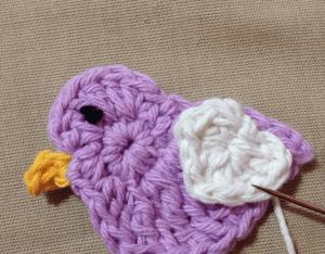 Örgü Aplike Aşık Kuşlar Yapılışı 14