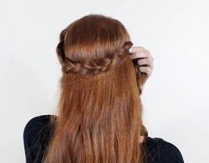 Örgü ile Romantik Saç Modeli Yapılışı 2