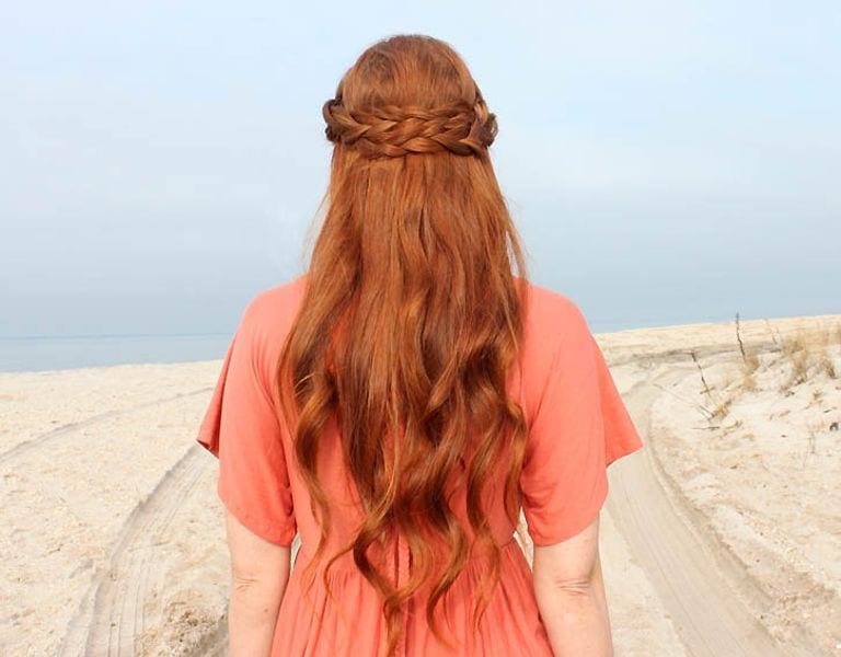 Örgü ile Romantik Saç Modeli Yapılışı