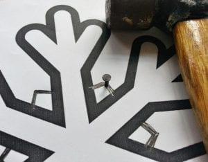 DIY, Çivi İşi Kar Tanesi Pano Yapımı 7
